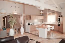 modern Kitchen by COLOMBE MARCIANO