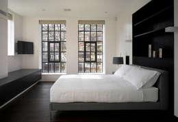 Спальни в . Автор – Belsize Architects