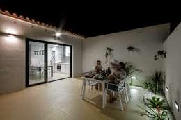 Comedores de estilo moderno por Selecta HOME