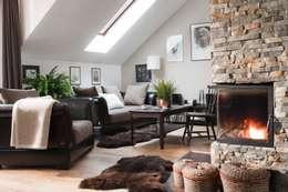 Salas de estar modernas por ARTEMA  PRACOWANIA ARCHITEKTURY  WNĘTRZ