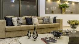 Salas de estilo clásico por Lyssandro Silveira