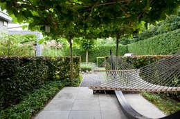 modern Garden by Hans Been Architecten BNA BV