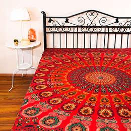 Dormitorios de estilo  por THE KAIROS