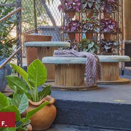 Morar Mais por Menos 2015: Jardim  por Fadel Arquitetura