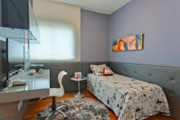 Dormitorios de estilo moderno de Mariana Borges e Thaysa Godoy