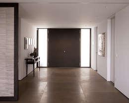 moderne Gang, hal & trappenhuis door meier architekten