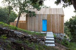 Casas de estilo moderno por Escritorio de arquitetos