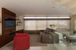 Salas de estilo moderno por Cactus Arquitetura e Urbanismo