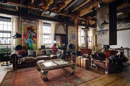غرفة المعيشة تنفيذ Lev Lugovskoy