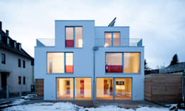 Gerokstraße: moderne Häuser von MuG Architekten