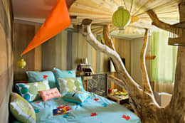 eclectic Nursery/kid's room by Tabary Le Lay