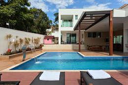 modern Zwembad door Lucas Lage Arquitetura