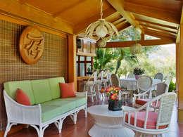 Residencia RH: Terrazas de estilo  por Excelencia en Diseño