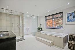 moderne Badkamer door Concept Eight Architects