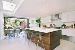 moderne Keuken door Concept Eight Architects