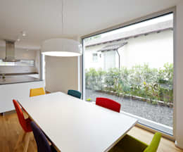 moderne Eetkamer door Marcus Hofbauer Architekt