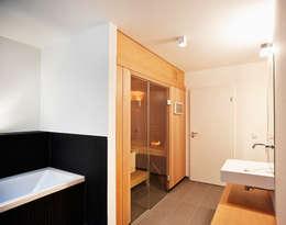 modern Spa by Marcus Hofbauer Architekt