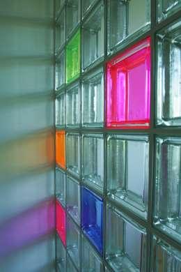 detail der trennwand: moderne Kinderzimmer von     tritschler glasundform