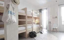 Habitaciones de estilo minimalista por aaprile