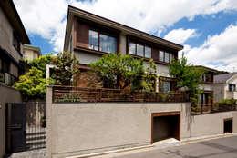 modern Houses by 向山建築設計事務所