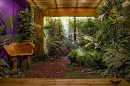 country Conservatory by Junia Lobo Paisagismo