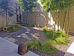 moderner Garten von Terra
