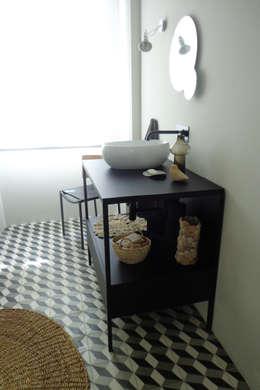 eclectische Badkamer door Consigo Interiores