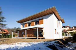 modern Houses by Novello Case in Legno