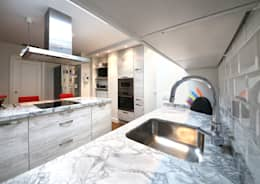 modern Kitchen by Astilo Cocinas