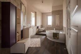 Ванные комнаты в . Автор – Paolo Cavazzoli