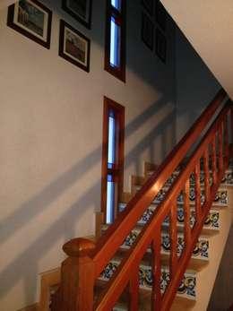 Maisons de style de style Moderne par acertus