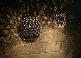 Dormitorios de estilo  por Amun best of Orient GmbH