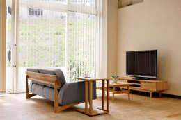 Salas de estilo escandinavo por NDstyle./NODA FURNITURE co.,ltd.
