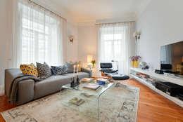 Salas de estar modernas por LAVRADIO DESIGN