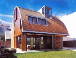 Glaria Estudio Arquitectura SL: modern tarz Evler