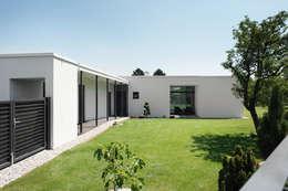 Projekty, klasyczne Domy zaprojektowane przez x42 Architektur ZT GmbH