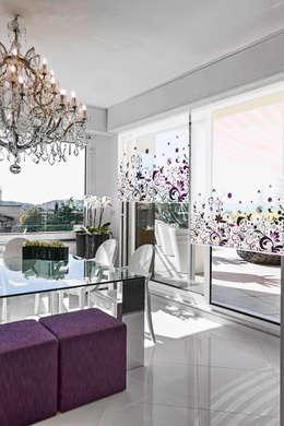 Cortina con sistema roller en screen al 5%, FLORES 1: Livings de estilo minimalista por Bonita Casa