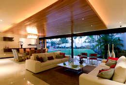 modern Living room by r79
