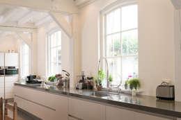 modern Kitchen by Tieleman Keukens
