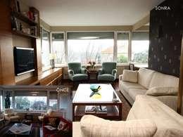 Bozantı Mimarlık – Ulus'ta Ev No.2: modern tarz Oturma Odası