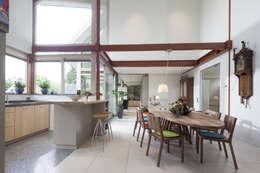 Den Ham 04: moderne Eetkamer door hamhuis architecten