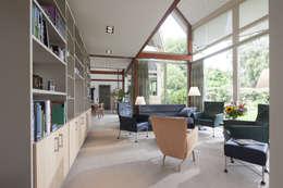 Den Ham 06: moderne Woonkamer door hamhuis architecten