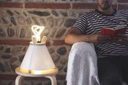 غرفة المعيشة تنفيذ Lavu Lamp