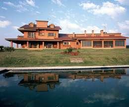 منازل تنفيذ IDALIA DAUDT Arquitetura e Design de Interiores