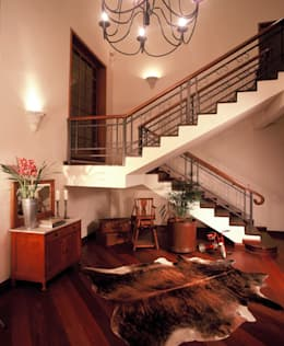 Pasillos y recibidores de estilo  por IDALIA DAUDT Arquitetura e Design de Interiores