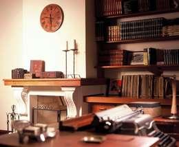 ห้องทำงาน/อ่านหนังสือ by IDALIA DAUDT Arquitetura e Design de Interiores