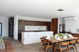 eclectic Kitchen by OBRA BLANCA
