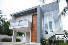 房子 by Pau Brasil