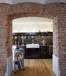 backstein in der küche ? 14 spektakuläre ideen - Unbehandelte Ziegelwand