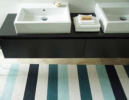 scandinavische Badkamer door annasaarinen Textilmanufaktur